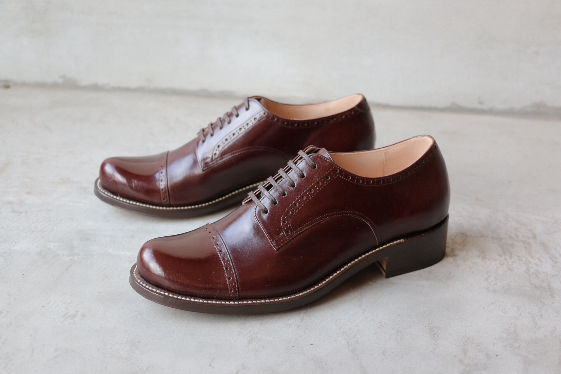 ladies straight tip shoes